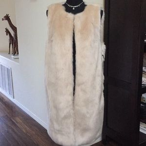 NWT- Forever 21 Faux Fur Coat